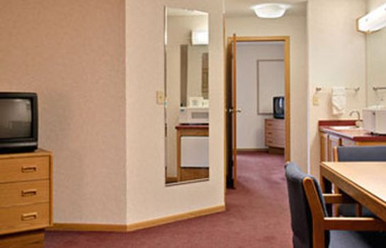 Kamers DAYS INN AND SUITES INDIANAPOL