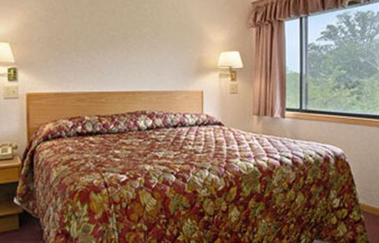 Zimmer DAYS INN AND SUITES INDIANAPOL