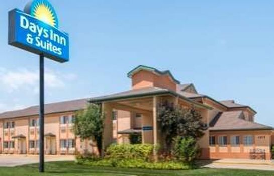 Außenansicht DAYS INN AND SUITES WICHITA