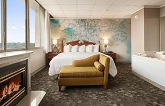 Suite Wyndham Garden at Niagara Falls