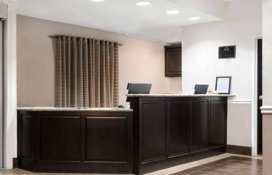 Hotelhal DAYS INN SUITES DALLAS