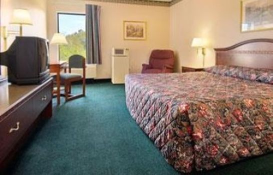 Zimmer DAYS INN & SUITES LOUISVILLE S