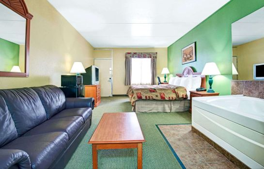 Suite TRAVELODGE BY WYNDHAM NASHVILLE