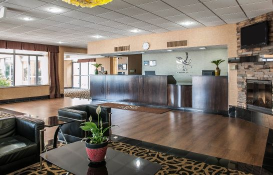 Hall Quality Inn Terre Haute University Area