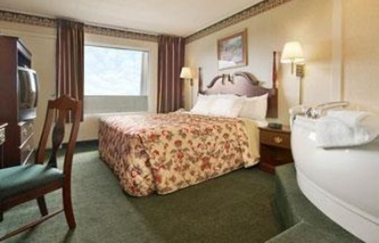 Suite DAYS INN TANNERSVILLE