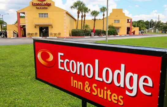 Exterior view Econo Lodge  Inn & Suites Maingate Central