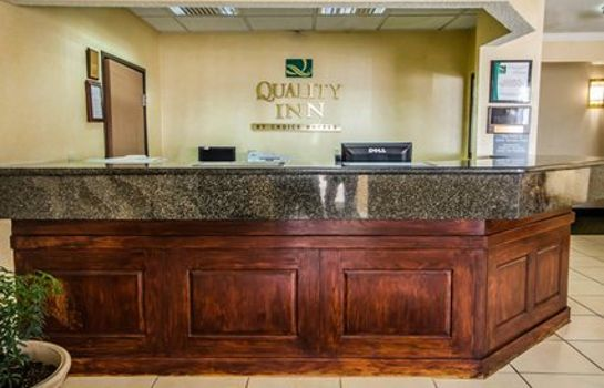 Lobby Quality Inn East