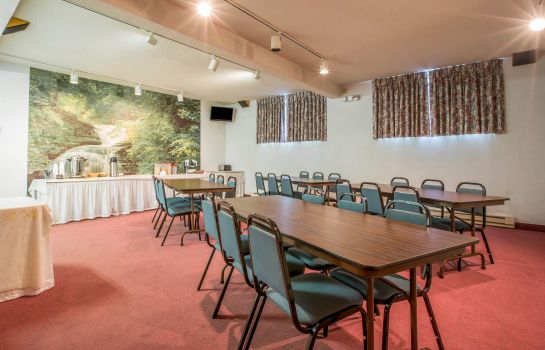 Conference room Rodeway Inn Lake Placid