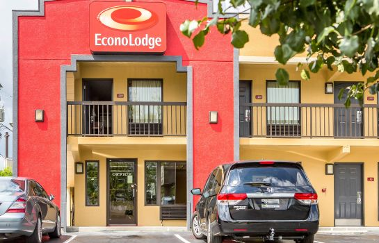Buitenaanzicht Econo Lodge North