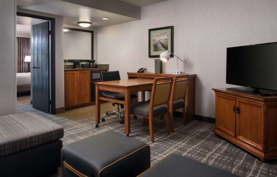 Kamers Embassy Suites by Hilton Austin Central