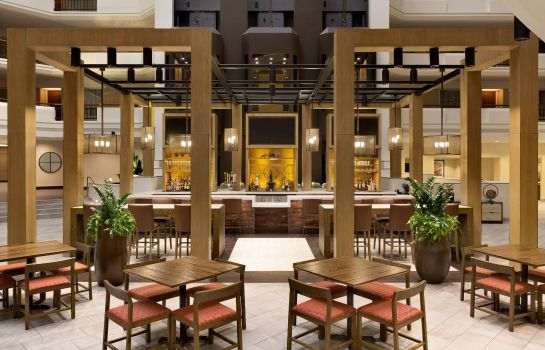 Hotel bar Embassy Suites by Hilton Austin Downtown Town Lake