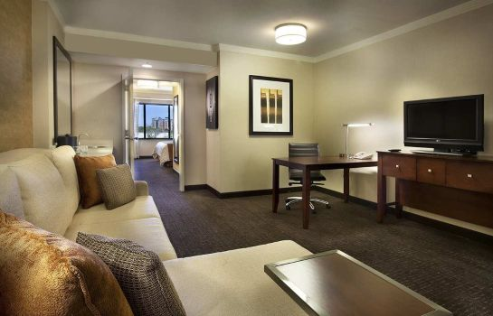 Suite Embassy Suites by Hilton Austin Downtown Town Lake
