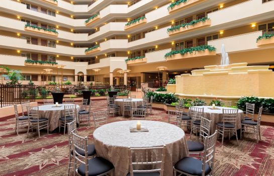 Hall Embassy Suites by Hilton Columbia Greystone