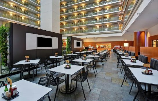 Hotelhalle Embassy Suites by Hilton Chicago Magnif