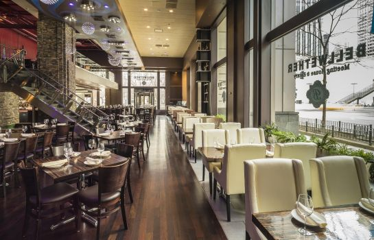 Restaurant Embassy Suites by Hilton Chicago Magnificent Mile