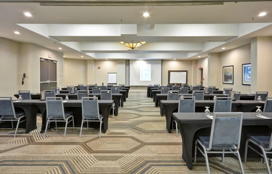 Conference room Embassy Suites Charlotte