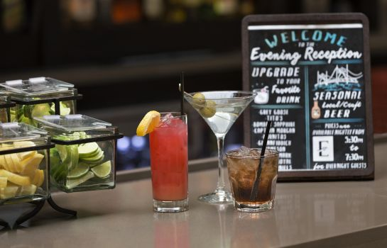 Hotelbar Embassy Suites by Hilton Columbus