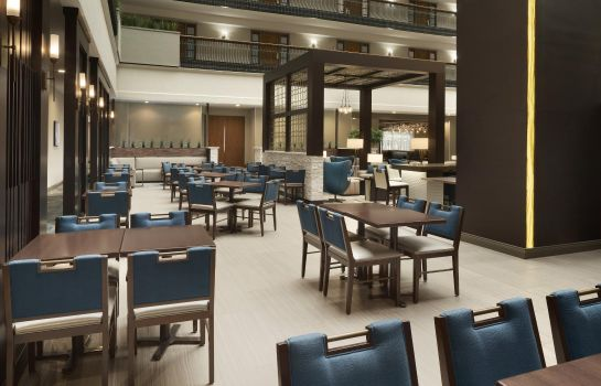Restaurant Embassy Suites by Hilton Columbus