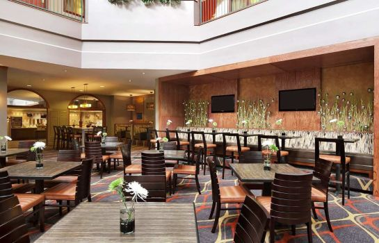 Restaurant Embassy Suites by Hilton Dallas Near the Galleria