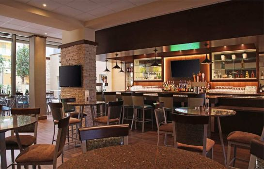 Hotel bar Embassy Suites by Hilton Dallas Market Center