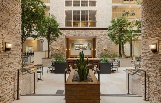 Hotelhalle Embassy Suites by Hilton Dallas Market Center