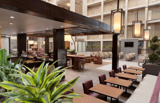 Hotel-Bar Embassy Suites by Hilton El Paso