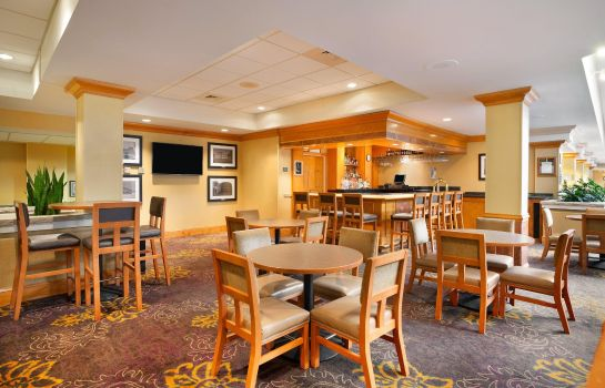 Hotel-Bar Embassy Suites Greensboro - Airport