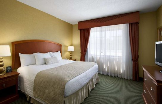 Zimmer Embassy Suites Greensboro - Airport