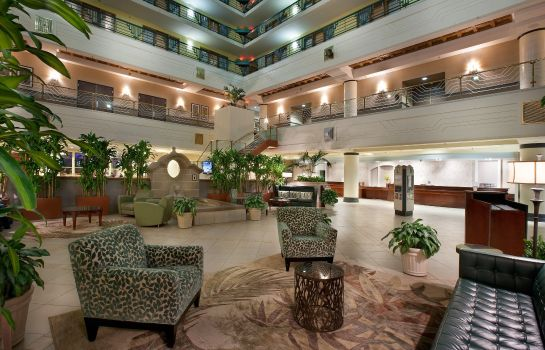Hol hotelowy Embassy Suites by Hilton Indianapolis Downtown