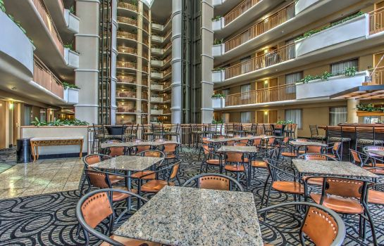 Hotel bar Embassy Suites by Hilton Convention Center Las Vegas