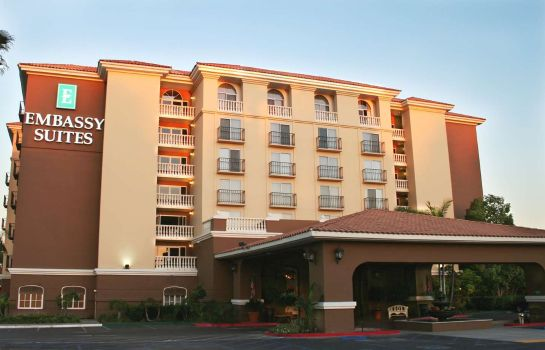 Exterior view Embassy Suites by Hilton Anaheim North