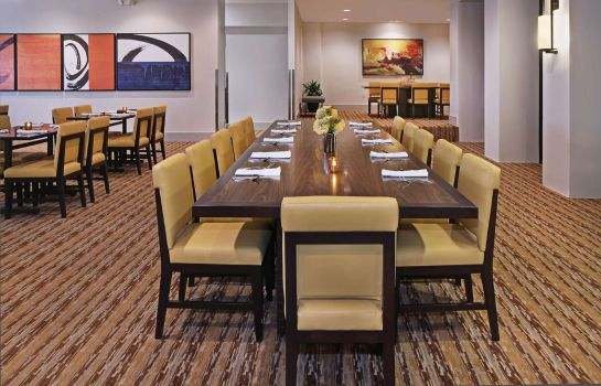 Restaurante Embassy Suites by Hilton Anaheim North