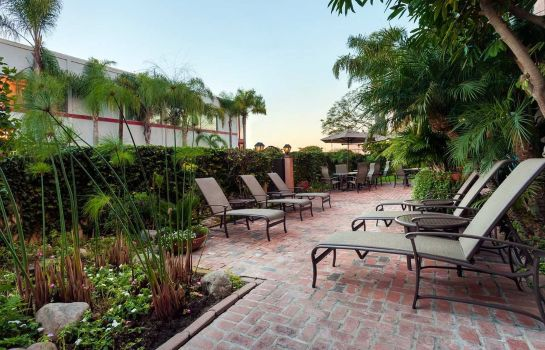 Information Embassy Suites by Hilton Los Angeles Int*l Airport South