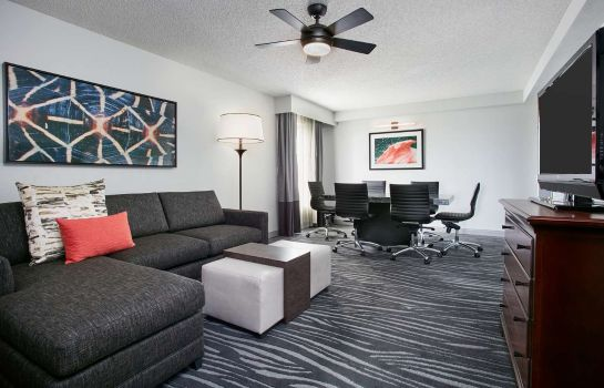 Zimmer Embassy Suites by Hilton Orlando Airport