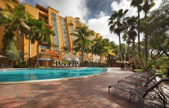 Exterior view Embassy Suites by Hilton Miami International Airport