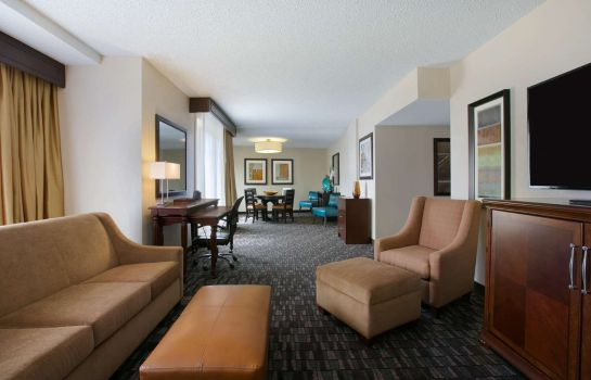 Habitación Embassy Suites by Hilton New Orleans Convention Center