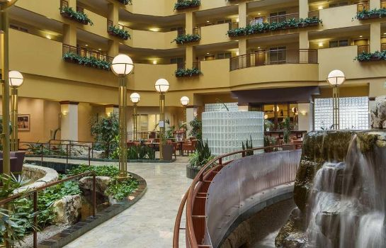 Hotelhalle Embassy Suites by Hilton Portland Airport