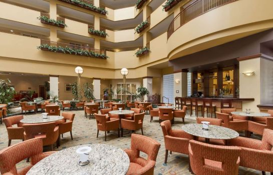 Restaurant Embassy Suites by Hilton Portland Airport