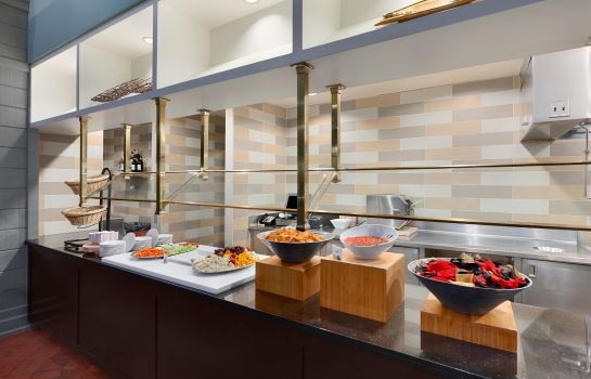 Restaurant Embassy Suites by Hilton Pittsburgh International Airport