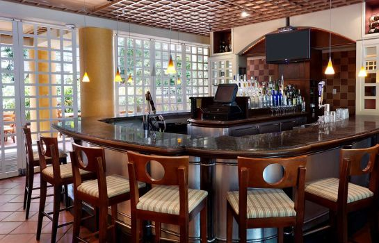 Hotel bar Embassy Suites by Hilton Parsippany