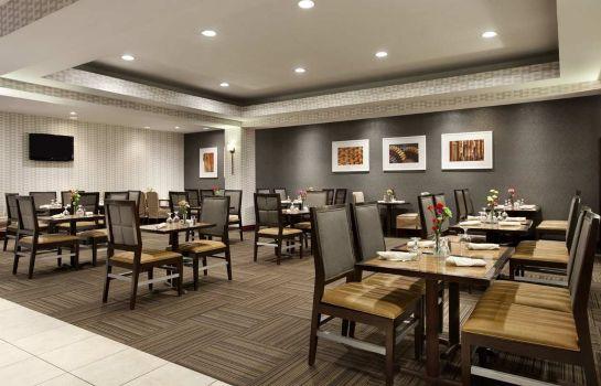 Restaurant Embassy Suites by Hilton Portland Maine