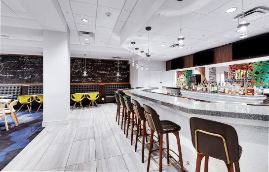 Hotel-Bar Embassy Suites by Hilton Raleigh Crabtree