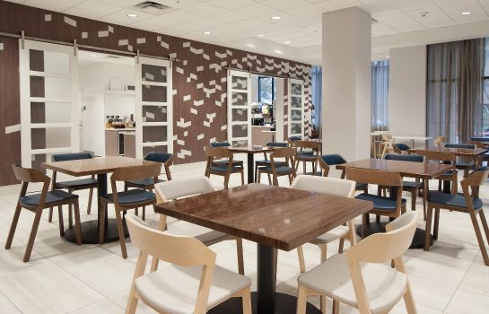 Restaurant Embassy Suites by Hilton Raleigh Crabtree