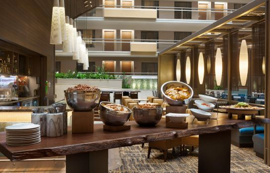 Hotel-Bar Embassy Suites by Hilton San Antonio Airport