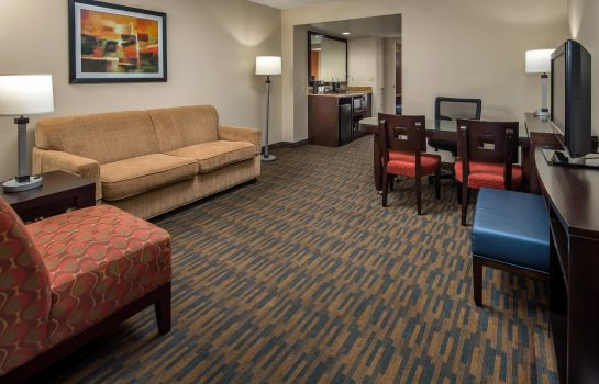 Suite Embassy Suites by Hilton Seattle Tacoma Int*l Airport