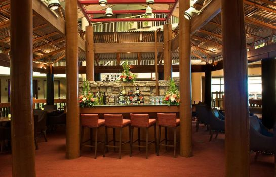 Hotel bar Embassy Suites by Hilton Syracuse