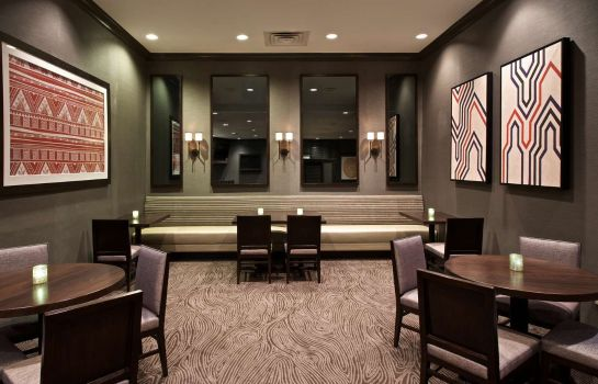 Restaurant Embassy Suites by Hilton Syracuse