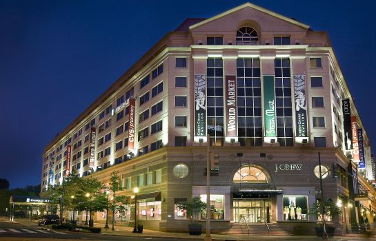 Exterior view Embassy Suites by Hilton Washington DC Chevy Chase Pavilion
