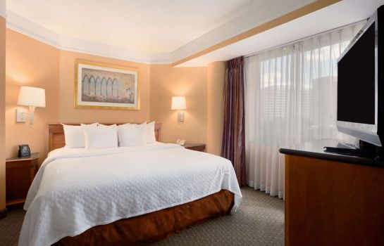 Room Embassy Suites by Hilton Crystal City National Airport