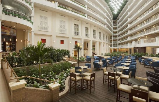 Lobby Embassy Suites by Hilton Alexandria Old Town